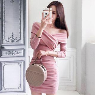 NENE - Long-Sleeve V-Neck Mini Bodycon Dress