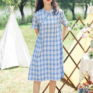 Clover Dream - Mandarin Collar Plaid Short-Sleeve A-Line Dress