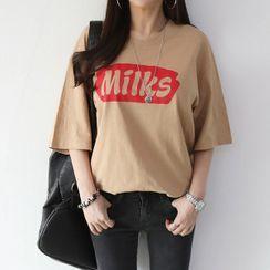 Seoul Fashion - 'Milks' Letter Print T-Shirt