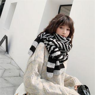 YYG - Zebra Pattern Knit Scarf