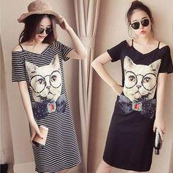Carmenta(カルメンタ) - Short-Sleeve Cat Print T-Shirt Dress