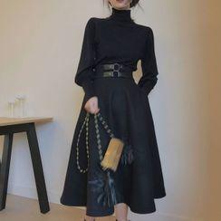 EFO - 套装:高领针织上衣 + A字裙