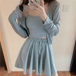 Ginger Girl - 純色短款吊帶背心 / 扣鈕短款夾克 / 寬腿短褲 / 套裝