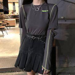 Amardeep - 配色饰缝线长袖T裇 / 牛仔迷你A字裙 / 心心腰链条 / 项链