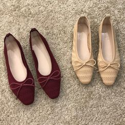 Queenie's Home - Bow-Accent Perforated Knit Flats