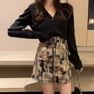 ZENME - V-Neck Blouse / Cat Print Mini A-Line Skirt