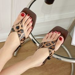 Zensha - Leopard Flip Flops