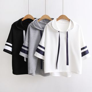 TOJI - 3/4-Sleeve Hooded Contrast Trim Top