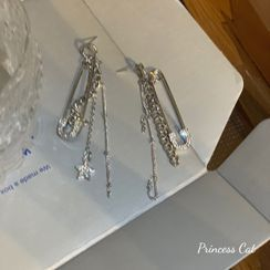 Princess Cat - Safety Pin Star Rhinestone Asymmetrical Fringed Earring
