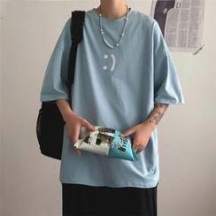 YERGO - Short-Sleeve Smiley Face Print T-Shirt