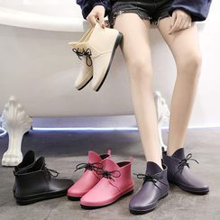 Chic Kingdom - Lace-Up Short Rain Boots
