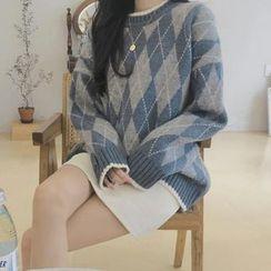 Brigitte - Argyle Sweater
