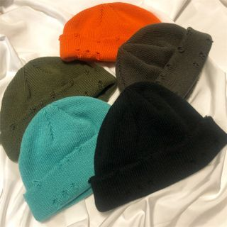 Porstina - Distressed Knit Beanie