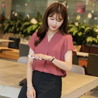 CLICK - V-Neck Blouse