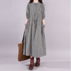 Frigga - Long-Sleeve Plaid Midi A-Line Shirtdress