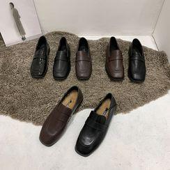 Frivole - 方形鞋頭樂福鞋