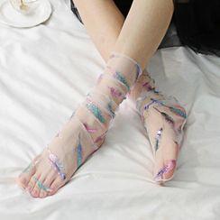 Rivara - Feather Embroidered Mesh Socks