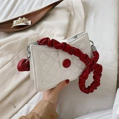 Szeta - Quilted Crossbody Bag