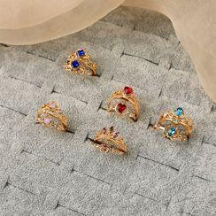 Green Isle - Rhinestone Crown Ring