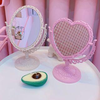 Olsin - Embossed Heart Desktop Mirror