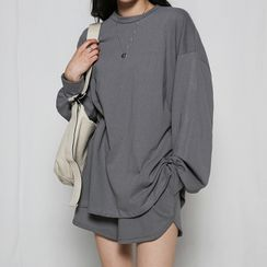 MERONGSHOP - Set: Oversized Sweatshirt + Shorts