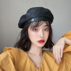 Lots2luv - Faux Leather Beret