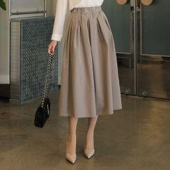 CLICK - Band-Waist Pintuck-Trim Long Flare Skirt