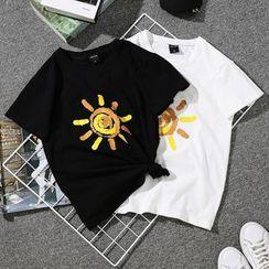 Lumierii - Short-Sleeve Sun Print T-Shirt