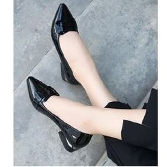 Freesia(フリージア) - Patent Low Heel Pointed Pumps