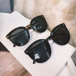 MOL Girl - Cat Eye Polarized Sunglasses