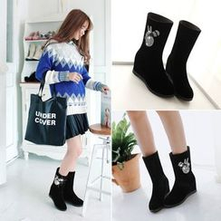Shoes Galore(シューズガロア) - Hidden Wedge Short Boots