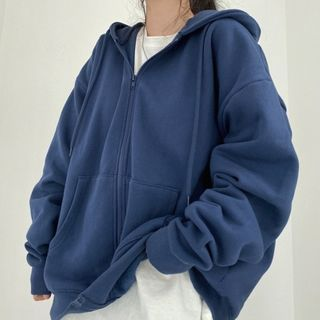 Closette - Zip-Up Hoodie