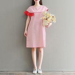 Clover Dream - Color Block Short-Sleeve Shift Dress