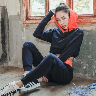 HANSI - 三件套装: 运动短款连帽衫 + 运动文胸 + 运动裤