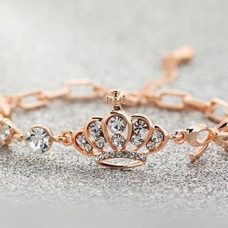Trend Cool - Jeweled Crown & Heart Bracelet