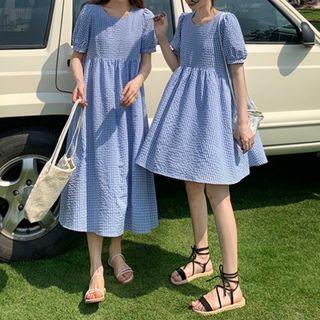 Moon City - Puff-Sleeve Plaid A-Line Dress