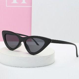 Aisyi(アイシー) - Cat-Eye Sunglasses
