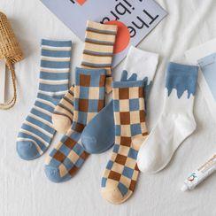 Wolfhara - Patterned Ribbed Socks