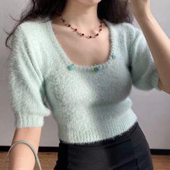 Sinora - 短款毛絨方領短袖針織上衣