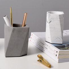 miss house - Geometric Pen Holder