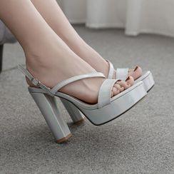 安若 - 粗跟厚底后跟带凉鞋