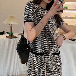 Shinobu - Short-Sleeve Knit Mini Shift Dress