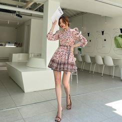 DABAGIRL - Flower Pattern Mini Swing Dress