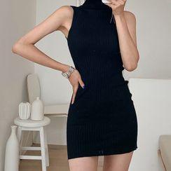 Yilda - Turtleneck Sleeveless Ribbed Knit Bodycon Dress