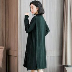 Romantica - 小高领饰圈环A字毛衣连衣裙
