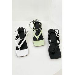 SIMPLY MOOD - Thong Kitten-Heel Sandals
