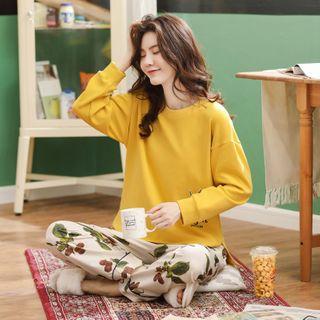 Canlive - Pajama Set: Printed Pullover + Pants