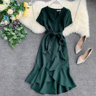 Lucuna - 短袖腰结带荷叶襬连衣中裙
