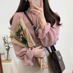 Leoom - Bell-Sleeve Chiffon Blouse