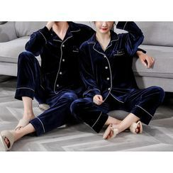 Voomer - Couple Matching Long-Sleeve Velvet Pajama Set